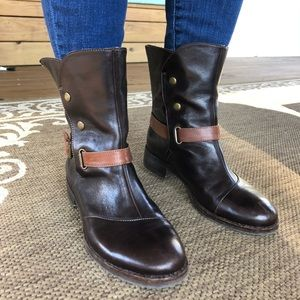 Size 36 dark brown boots with stud accents.